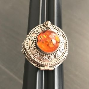 Sterling Silver Amber Poison Pillowbox Ring Sz9.25